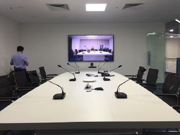 Âm thanh phòng họp trực tuyến được Lạc Việt Audio lắp đặt