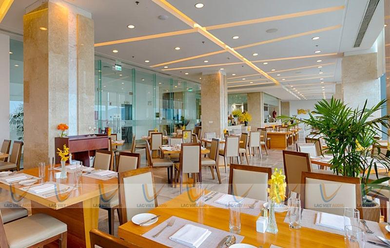 Nhiều dòng Loa âm trần JBL, Bose,Toa,... tại Lạc Việt Audio được chọn cho các nhà hàng sang trọng