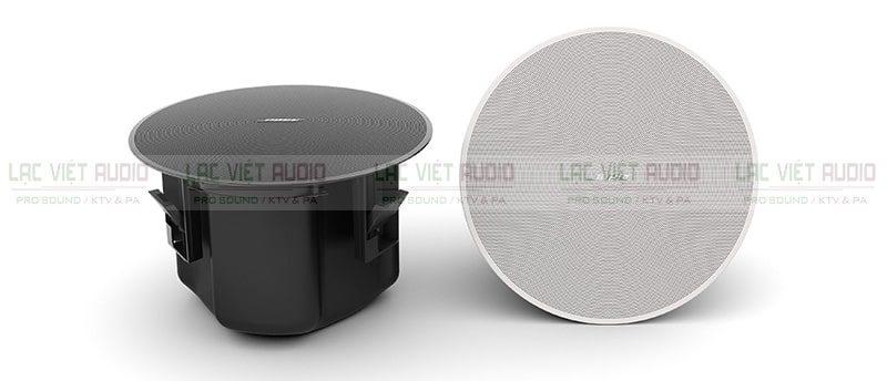 Loa âm trần Bose DesignMax DM6C có hai gam màu chủ đạo đen và trắng