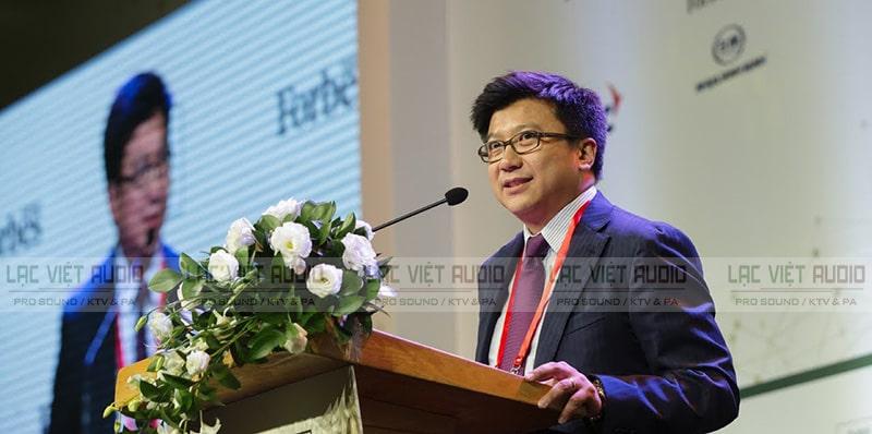 Các buổi phát biểu có Micro cổ ngỗng JTS GM-5212L
