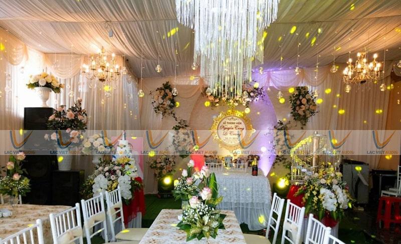 Dàn âm thanh cho thuê đám cưới trong nhà