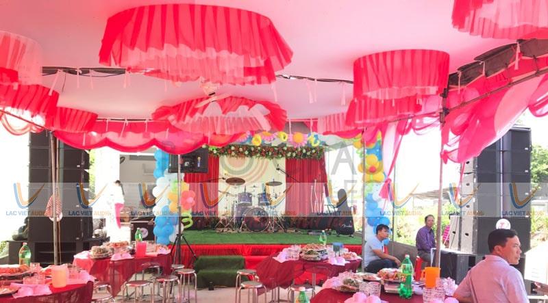 Dàn nhạc sống đám cưới đã trở nên rất quen thuộc trong các đám cưới