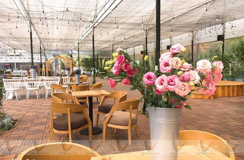 Những dòng loa bluetooth cho quán cafe phổ biến nhất là loa vệ tinh, âm trần và treo tường