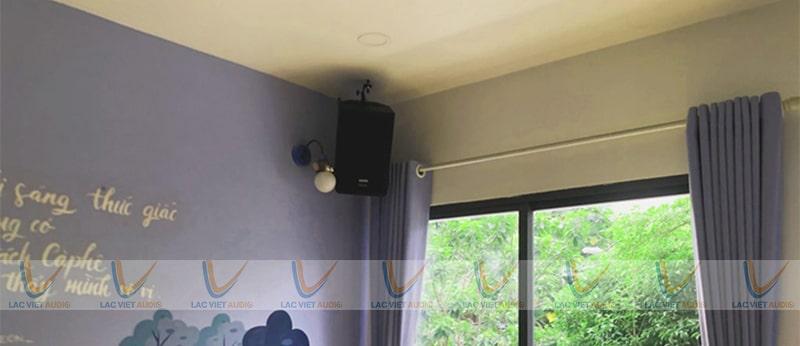 Hãy liên hệ với Lạc Việt Audio nếu bạn cần tư vấn hỗ trợ về lắp đặt âm thanh cafe