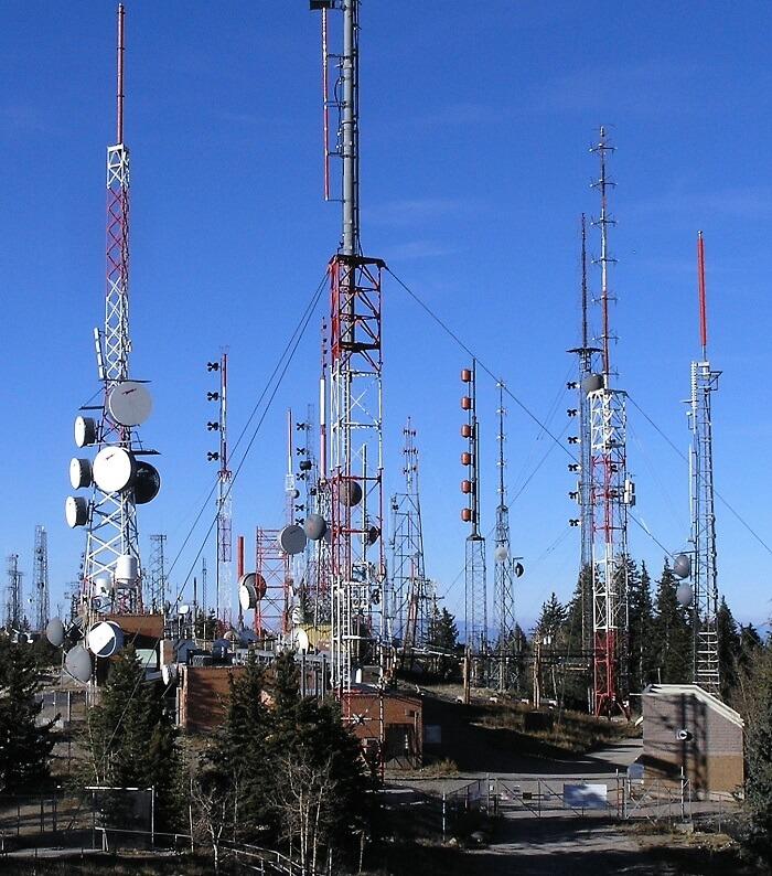 Mua hệ thống truyền thanh không dây chất lượng cao tại Lạc Việt Audio