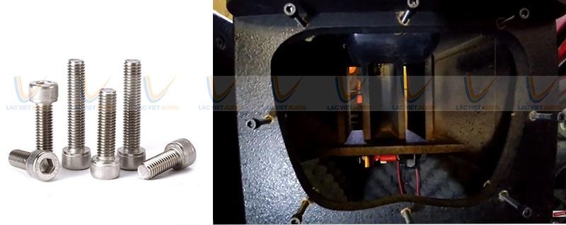 Ốc lục giác cố định các củ loa bass và treble vào vỏ thùng loa array, vừa nhanh vừa dễ dàng tháo láp khi cần