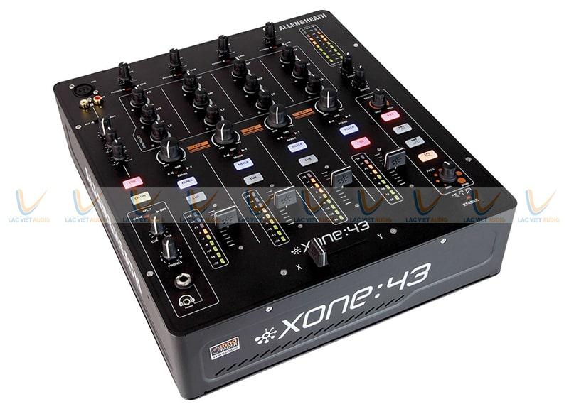 Bàn mixer Allen Heath Xone:43 sở hữu thiết kế đẹp mắt, sang trọng, hiện đại