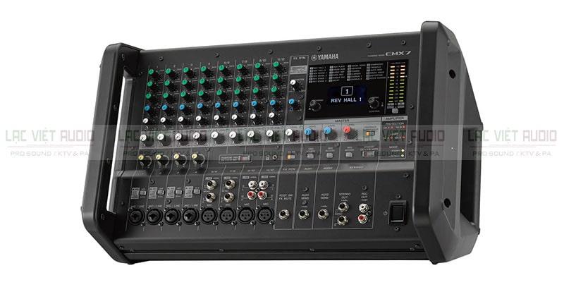 Giá bán mixer liền công suất Yamaha khoảng 10.000.000đ - 25.000.000đ