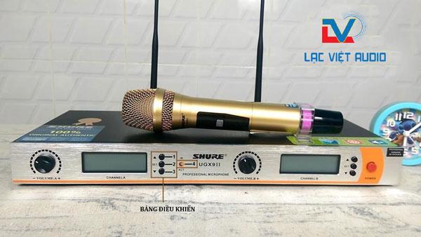 Các phím chỉnh tần số trên micro UHF và VHF