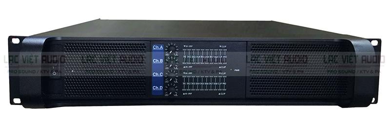 Cục đẩy công suất bốn kênh TCA XTI4650 màu đen sang trọng và tinh tế
