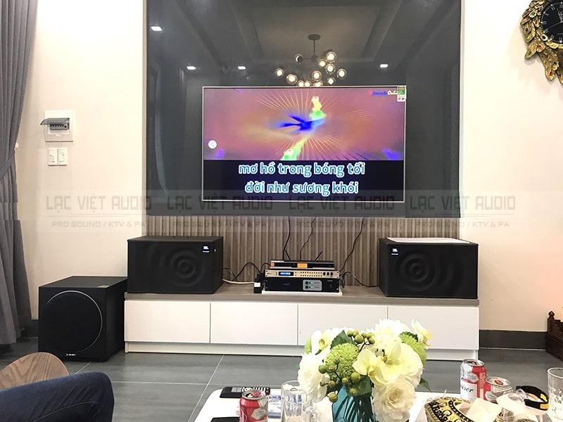 Dan karaoke sử dụng loa sub điện bass 30 cho a Mạnh ở Royal City