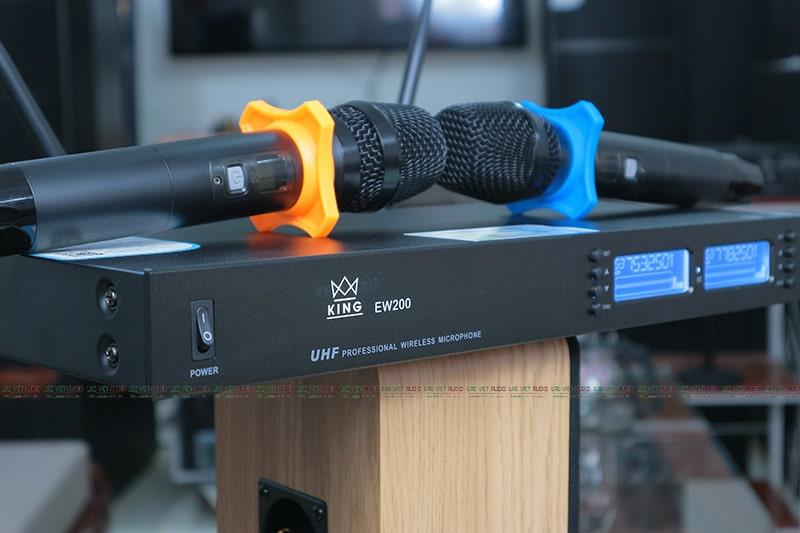 Micro không dây King EW 200 chính hãng nhập khẩu chính hãng bởi Lạc Việt Audio