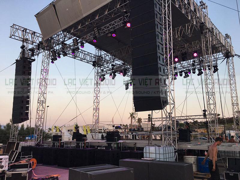 Cục đẩy LYNZ RSX-4.12 thích hợp cho dàn âm thanh sân khấu, sự kiện