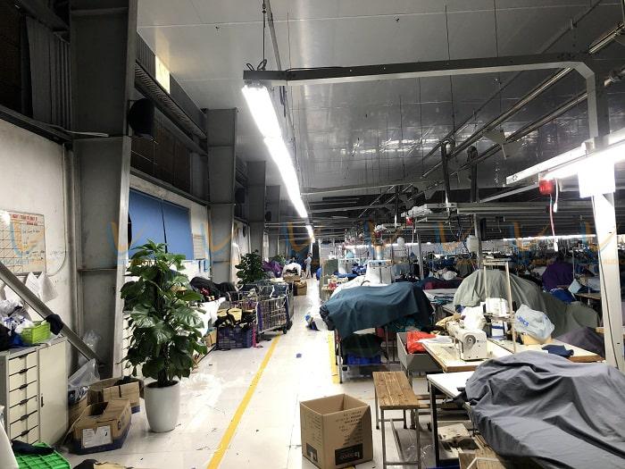 Tất cả các phân xưởng trong nhà máy đều được lắp đặt loa ở vị trí cố định