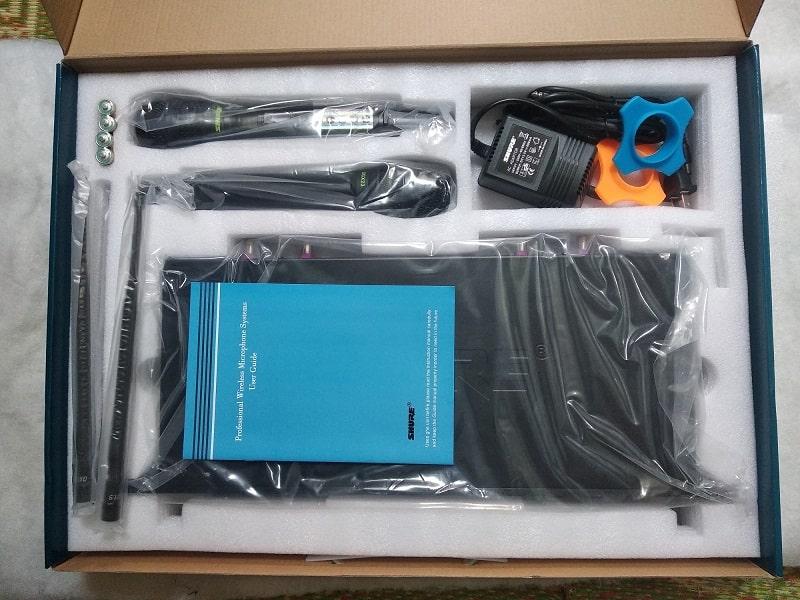 Full box bộ micro SHURE UGX23 chính hãng tại Lạc Việt Audio