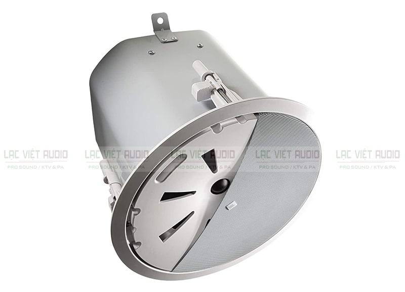 Loa âm trần siêu trầm JBL Control 40CS/T có thiết kế lưới tản nhiệt