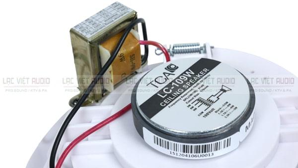 Mặt sau gồm nam châm và tụ điện của loa âm trần TCA