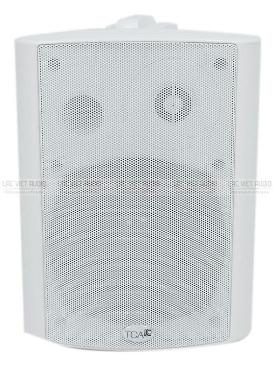 Hình ảnh mặt trước của một chiếc loa âm trần TCA gam màu trắng thanh lịch
