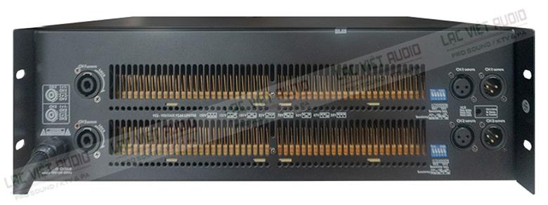 L-22000 nổi bật với hệ thống tản nhiệt chiếm phần lớn diện tích mặt sau