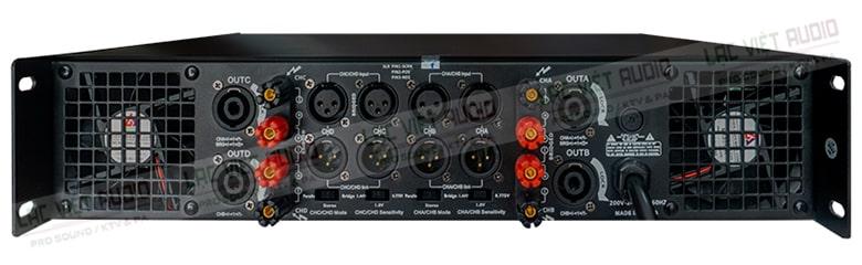Mặt sau của cục đẩy HAS P-4800 được bố trí khoa học, hợp lý, thuận tiện kết nối