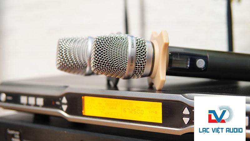 Thiết kế micro Star Sound S-9900 hiện đại trẻ trung