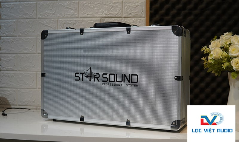 Hộp đựng thiết bị chắc chắn, phù hợp cho việc di chuyển trên những hành trình âm thanh của bạn