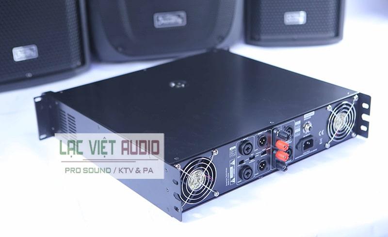 Cục đẩy công suất Soundking XT2400 có thiết kế gọn gàng, hiện đại, đẹp mắt