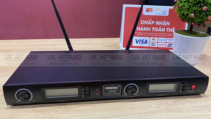 Đầu thu tín hiệu micro SHURE UGX9 có thiết kế đồng nhất với bộ sản phẩm