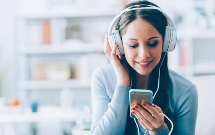 Cách hát hay: Thu âm và nghe lại giọng hát của bạn