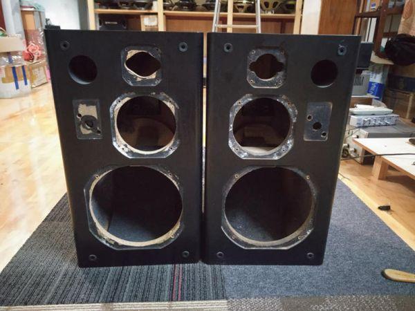Vỏ thùng loa bass 20 bãi 1 bass 20 giá 700.000đ / cặp