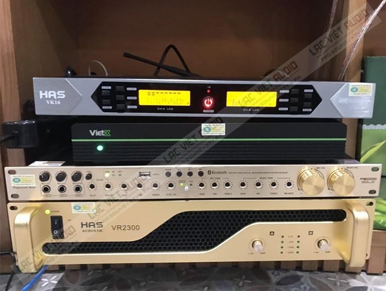 VR-2500 dễ dàng phối ghép với các thiết bị âm thanh khác trong dàn âm thanh