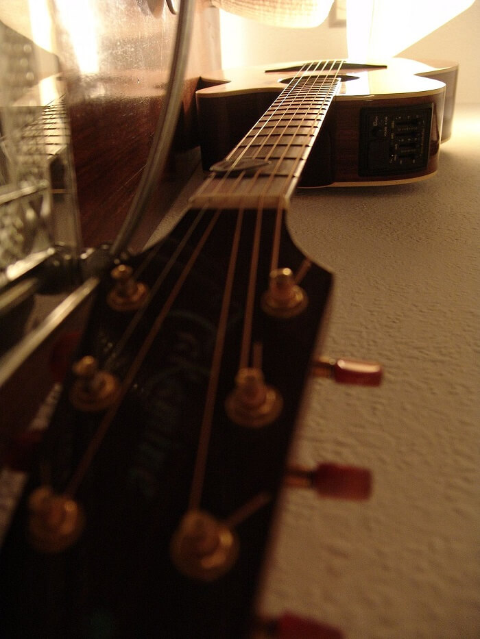 Acoustic chứa đựng đầy đủ các ý nghĩ khác nhau